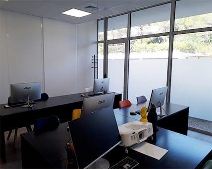 Salle de formation informatique à Sophia Antipolis